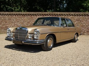 Mercedes 300 SEL Swiss car , only 111000km For Sale