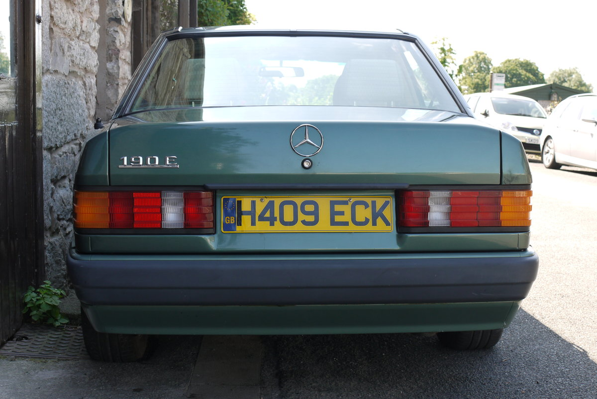 1991 Mercedes 190E, owned since 2012, only 97000 miles For Sale (picture 5 of 6)