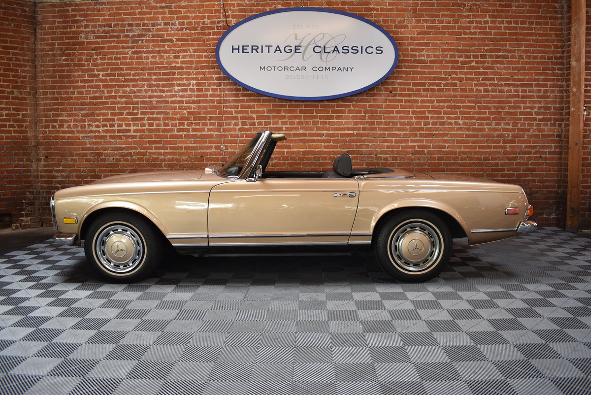 1970 Mercedes Benz 280SL For Sale (picture 2 of 6)