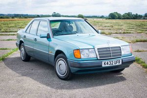 1992 Mercedes-Benz W124 200E - Last owner 17 years - New MOT