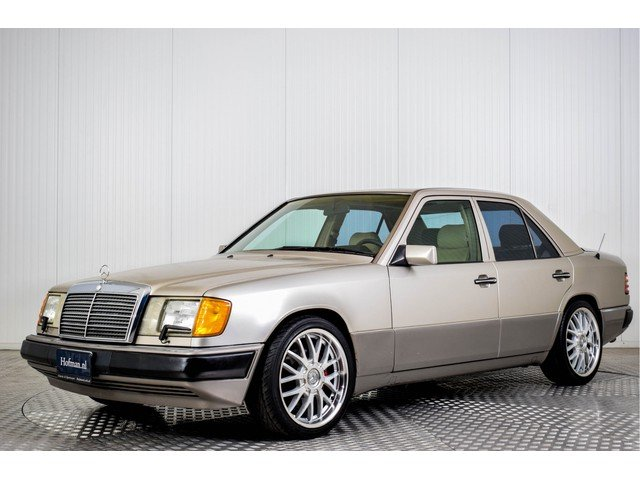 1992 Mercedes 400 E V8  For Sale (picture 1 of 6)