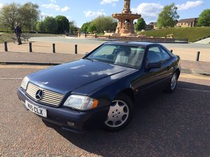1995 Mercedes benz sl280. convertible 77000 miles