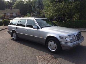 1995 MERCEDES-BENZ E300D ESTATE DIESEL AUTO 143000 MILE For Sale