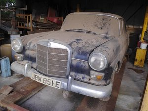 1967 Mercedes 200 saloon barn find. Registered 1968 SOLD