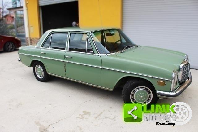 Mercedes 220d /8 w115 (1973) -PEZZO UNICO CONSERVATA For Sale (picture 2 of 6)