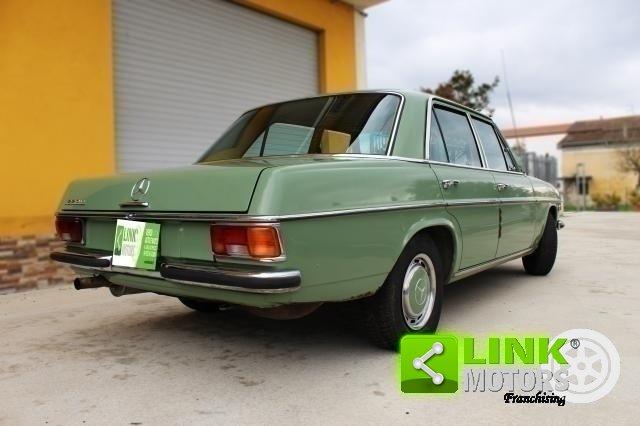 Mercedes 220d /8 w115 (1973) -PEZZO UNICO CONSERVATA For Sale (picture 4 of 6)