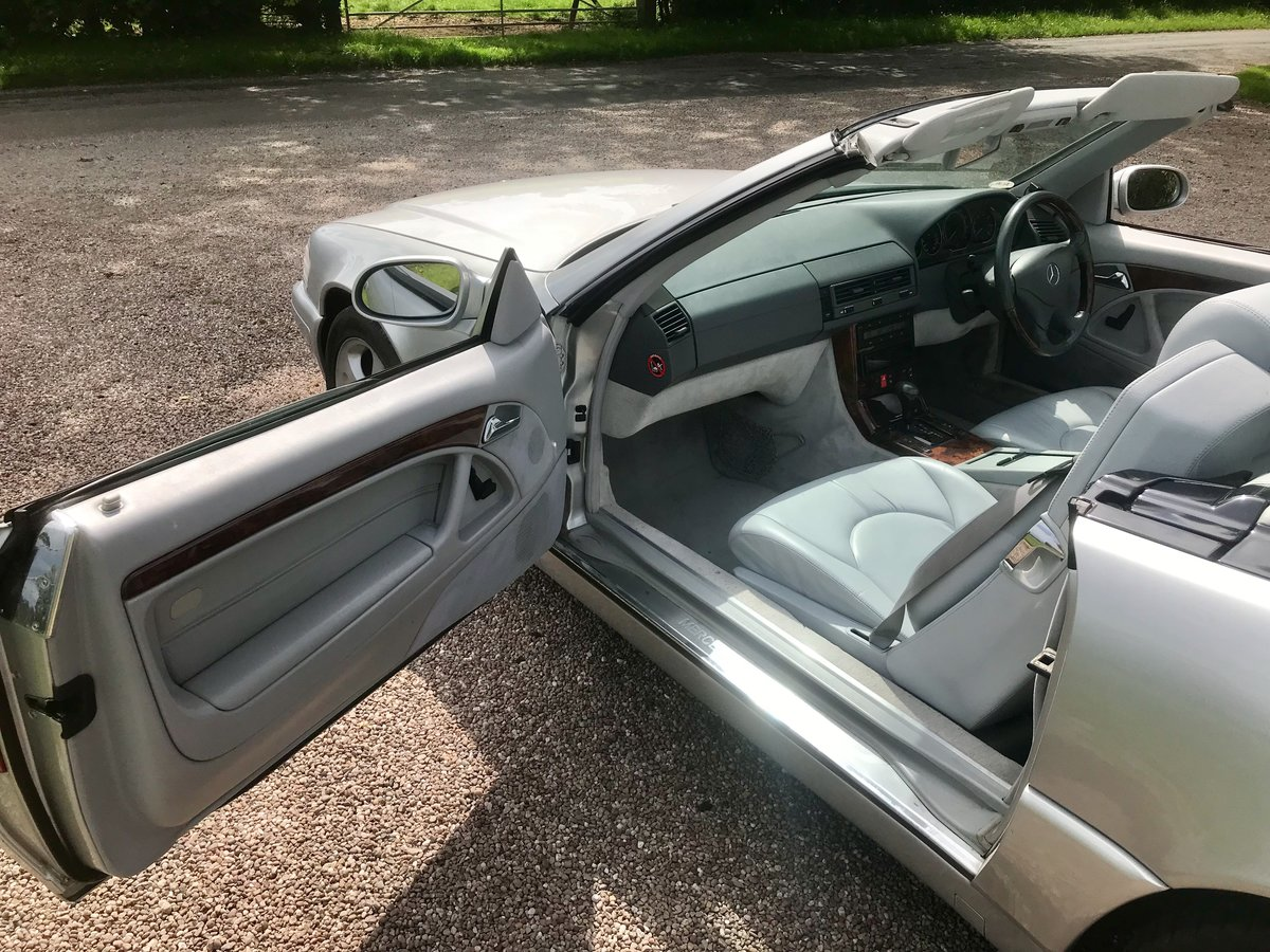 1999 Stunning High Spec SL320 V6 For Sale (picture 4 of 6)
