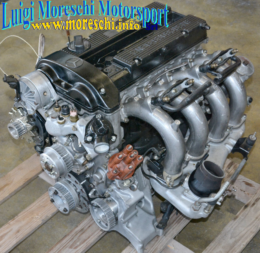 1985 Mercedes M102 E23 Engine - 190E 2.3 16 For Sale (picture 1 of 6)