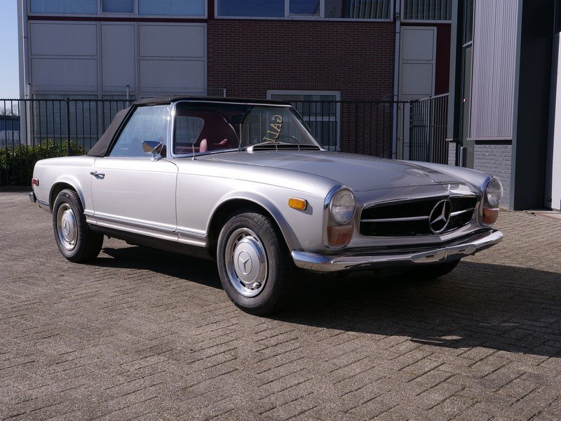 1969 Mercedes Benz 280SL Pagode Manual For Sale (picture 5 of 6)