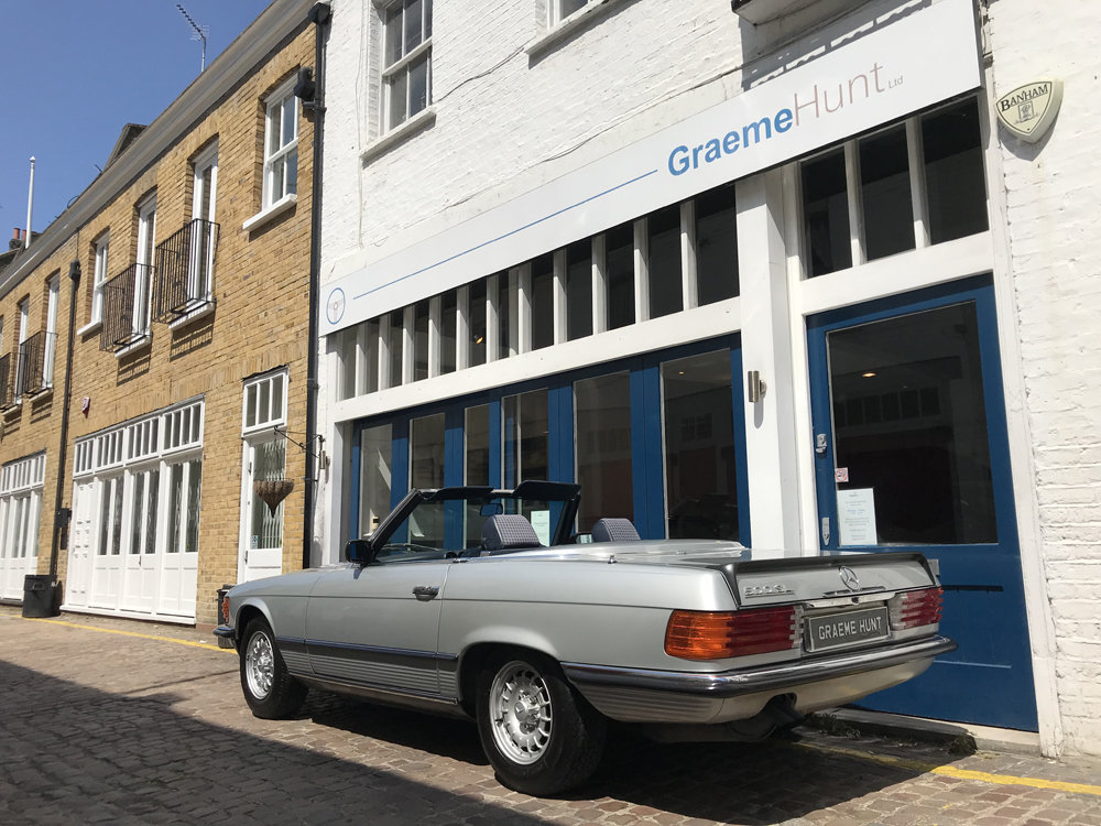 1984 Mercedes Benz 500SL - fully restored SOLD (picture 10 of 24)