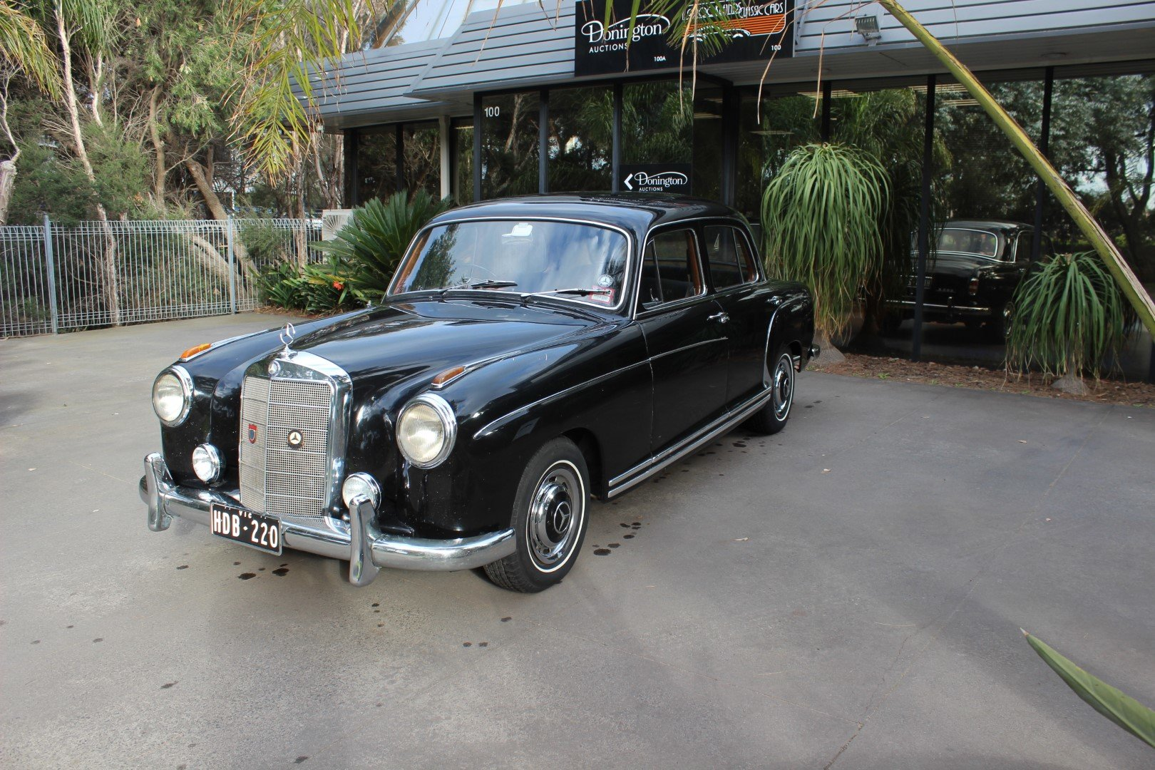 "1959 Mercedes Benz ""Ponton"" saloon 220S For Sale (picture 2 of 6)"