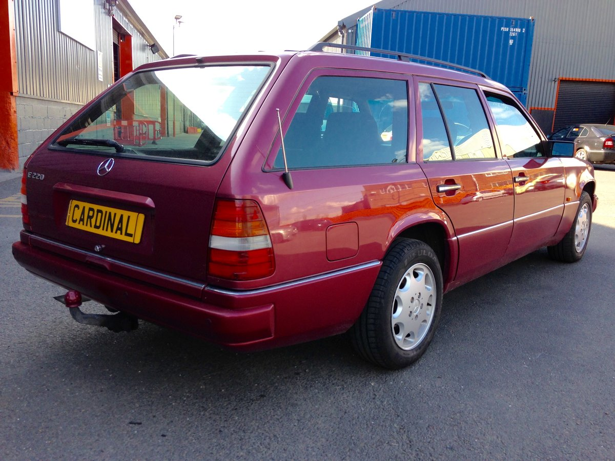 1994 MERCEDES BENZ 220TE ESTATE AUTOMATIC W124 For Sale (picture 3 of 6)