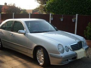Mercedes E240 W210