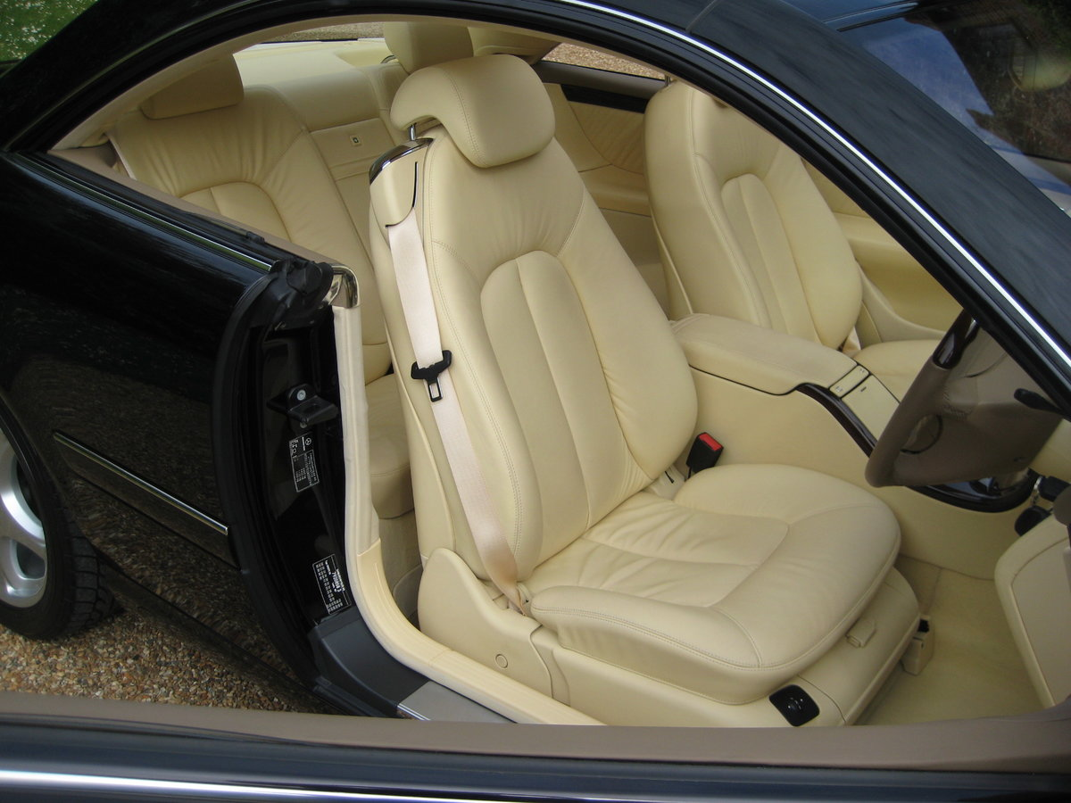 2001 Mercedes Benz CL500 1 Owner With Just 19,500 Miles  For Sale (picture 2 of 6)