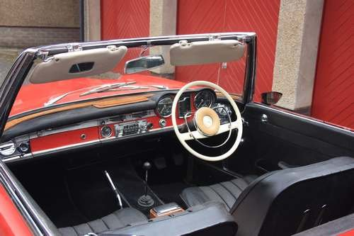 1964 Mercedes 230 SL at Morris Leslie Auction 17th August SOLD by Auction (picture 4 of 6)
