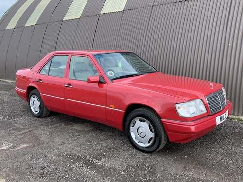1994 Mercedes E280 Auto at Morris Leslie Auction 17th August SOLD by Auction (picture 1 of 6)