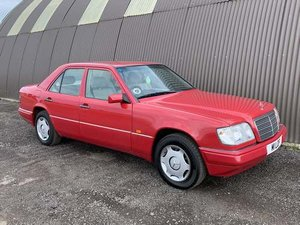 Picture of 1994 Mercedes E280 Auto at Morris Leslie Auction 17th August SOLD by Auction
