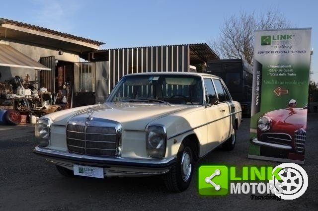 1971 Mercedes 220 D For Sale (picture 1 of 6)