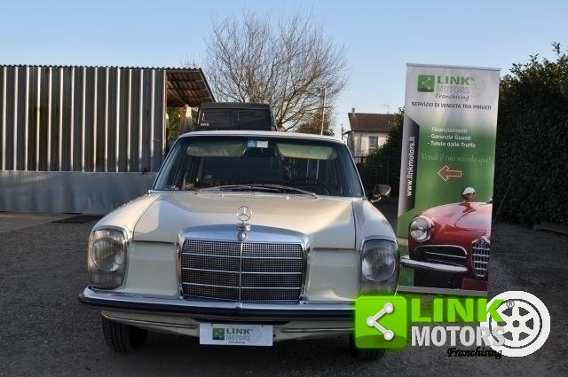 1971 Mercedes 220 D For Sale (picture 2 of 6)
