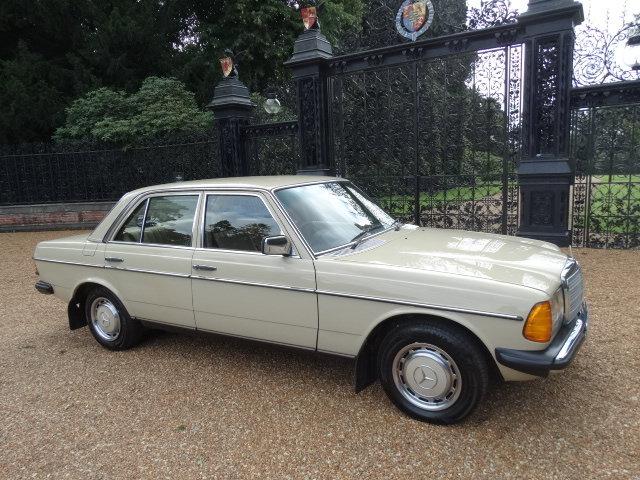 1981 MERCEDES 230E AUTO For Sale (picture 1 of 6)