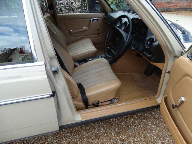 1981 MERCEDES 230E AUTO For Sale (picture 3 of 6)