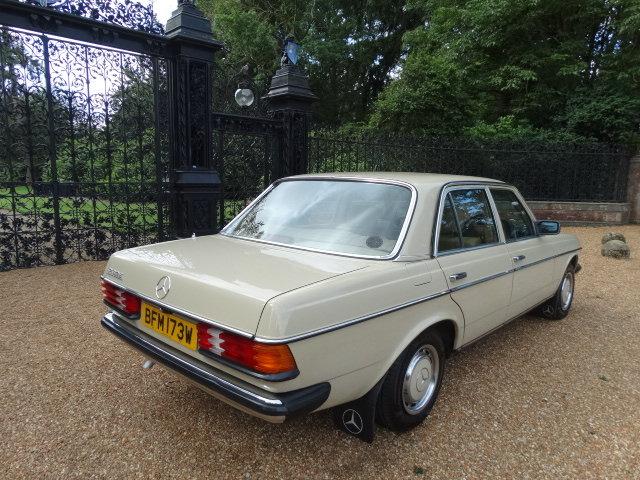 1981 MERCEDES 230E AUTO For Sale (picture 4 of 6)