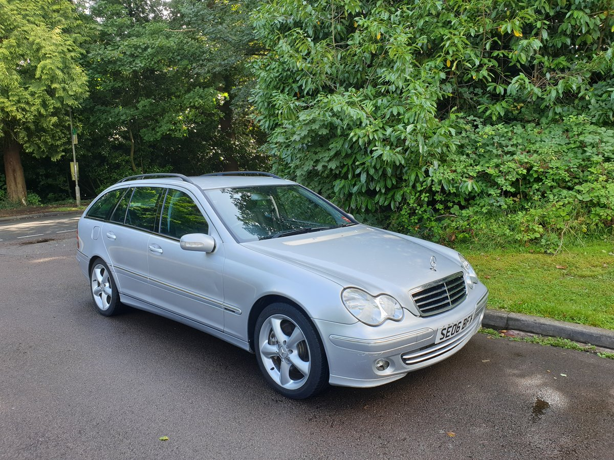2006 Mercedes C220 CDi Estate. Avantgarde SE Sport Spec. Bargain. SOLD (picture 1 of 6)