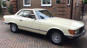 1982 MERCEDES-BENZ 280 SL CONVERTIBLE For Sale by Auction