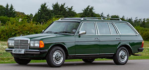 1984 MERCEDES-BENZ 300TD ESTATE CAR For Sale by Auction