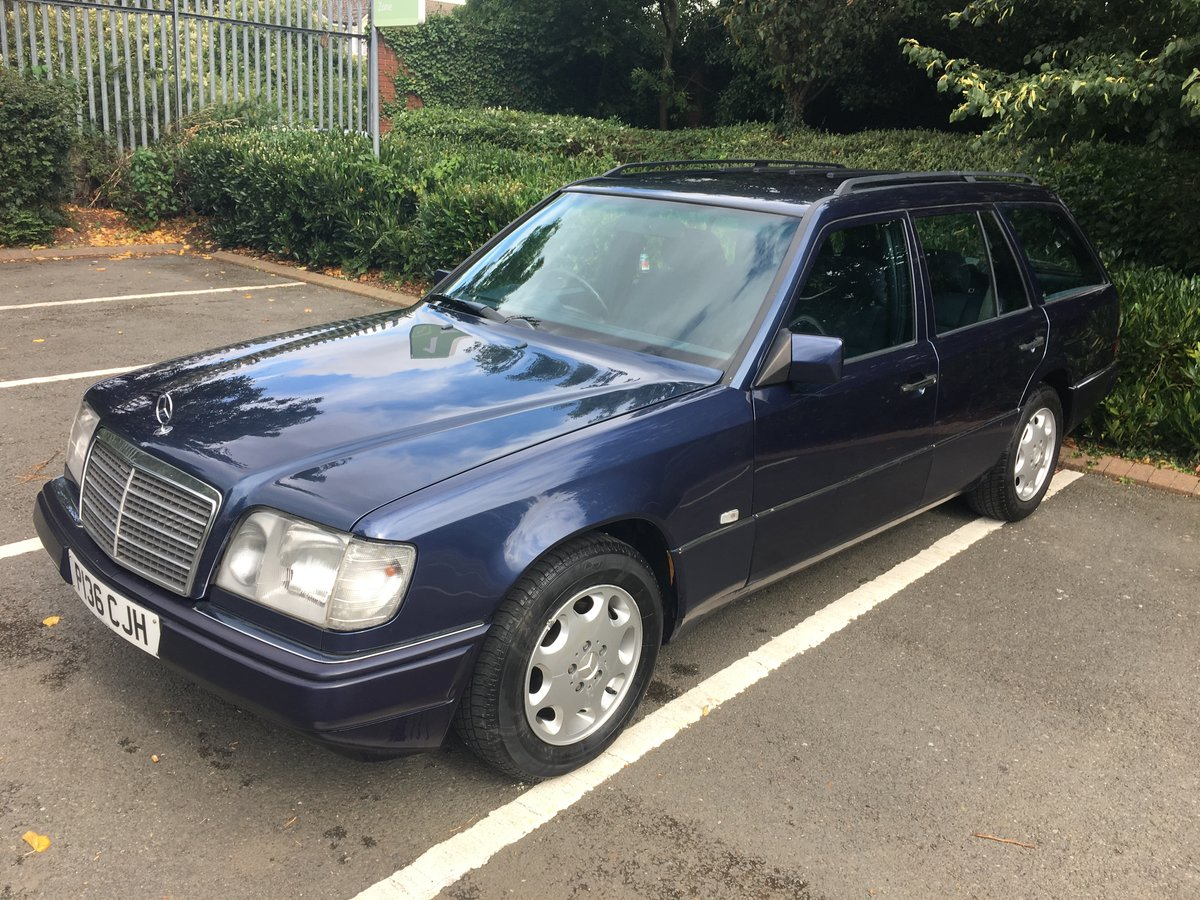 1996 Mercedes E200T Estate SOLD (picture 3 of 6)