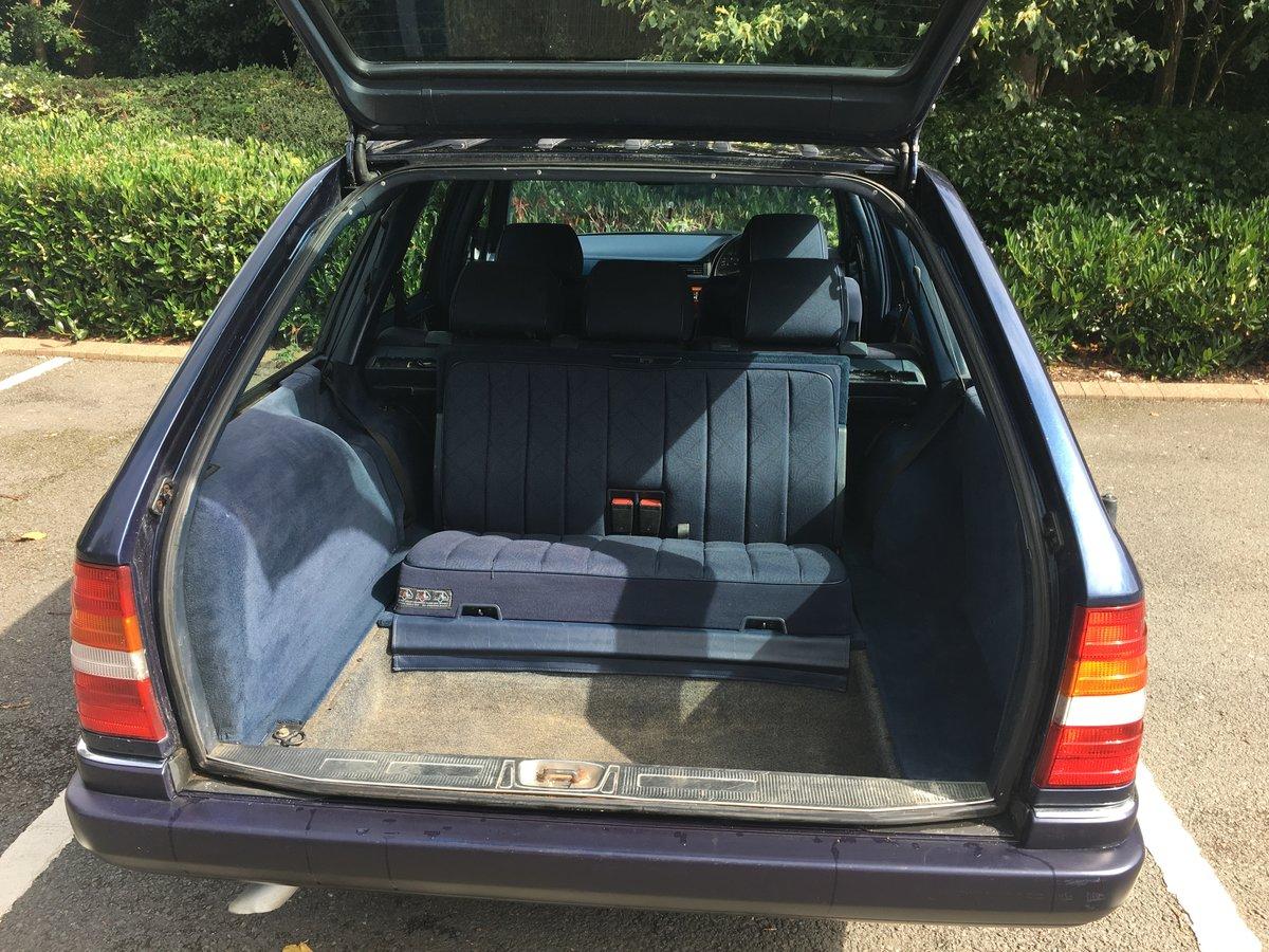 1996 Mercedes E200T Estate SOLD (picture 6 of 6)
