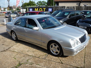 2000 Mercedes-Benz E Class 2.4 E240 Avantgarde 4dr For Sale