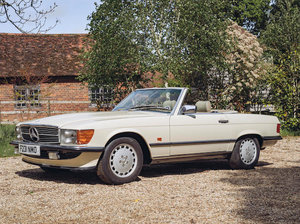 1988 MERCEDES-BENZ 300 SL CONVERTIBLE For Sale by Auction