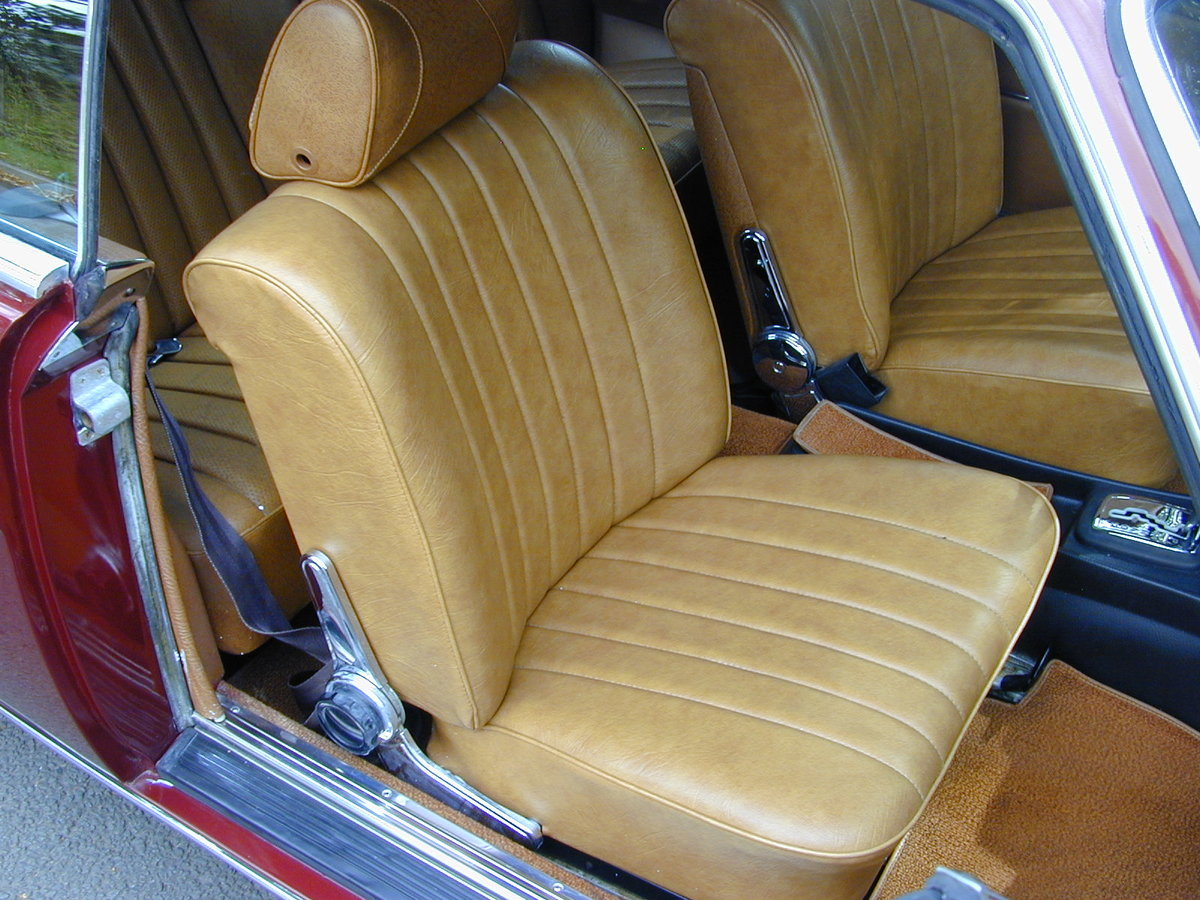 1971 MERCEDES BENZ W114 250c Coupe Auto LHD Ex USA - Fresh Import For Sale (picture 5 of 6)