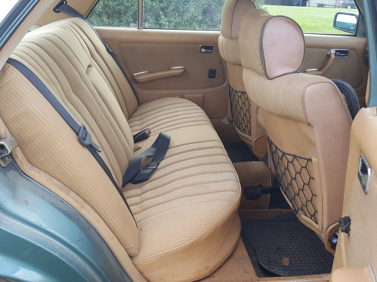 1985 Mercedes W123 200 Automatic  For Sale (picture 4 of 6)