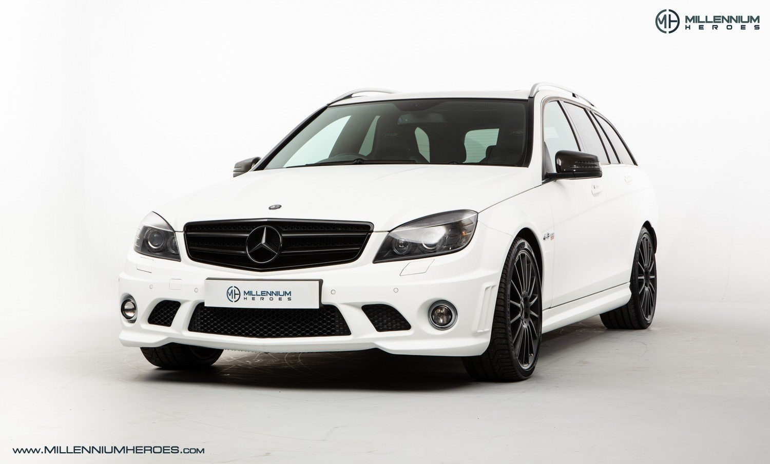 2010 MERCEDES C63 DR520 // EXCLUSIVE GB SPECIAL EDITION / 1 OF 20 For Sale (picture 1 of 6)