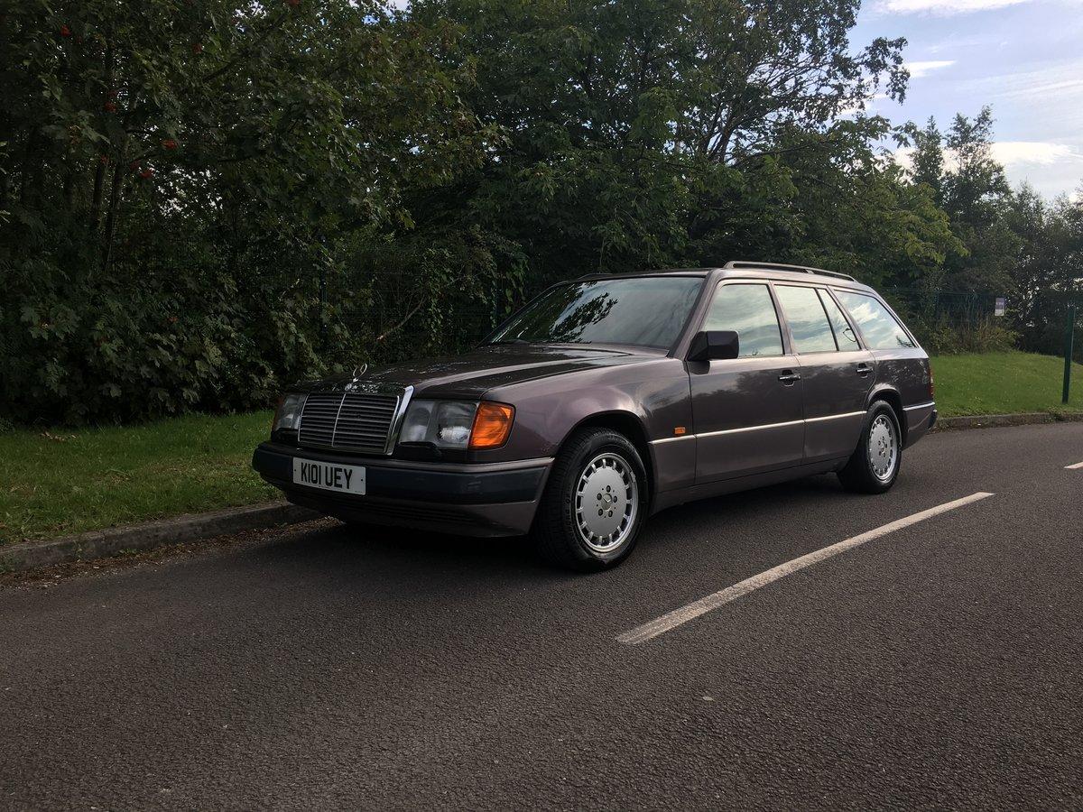1993 Mercedes 280TE W124  – Rare car appreciating For Sale (picture 1 of 6)