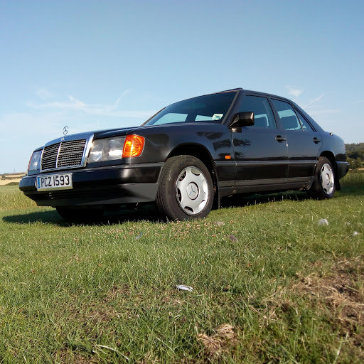1988 Mercedes W124 230 automatic  For Sale (picture 2 of 6)