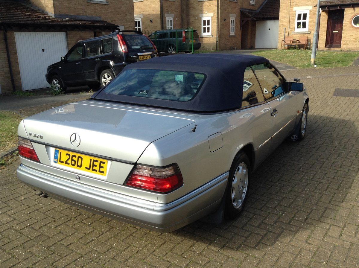 1993 E320 Cabriolet - Price Reduced For Sale (picture 1 of 5)