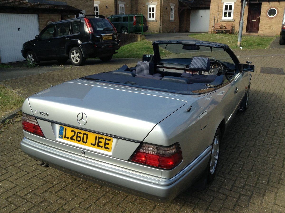 1993 E320 Cabriolet - Price Reduced For Sale (picture 2 of 5)