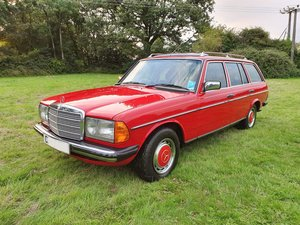 1985 Mercedes 200T W123 Estate For Sale