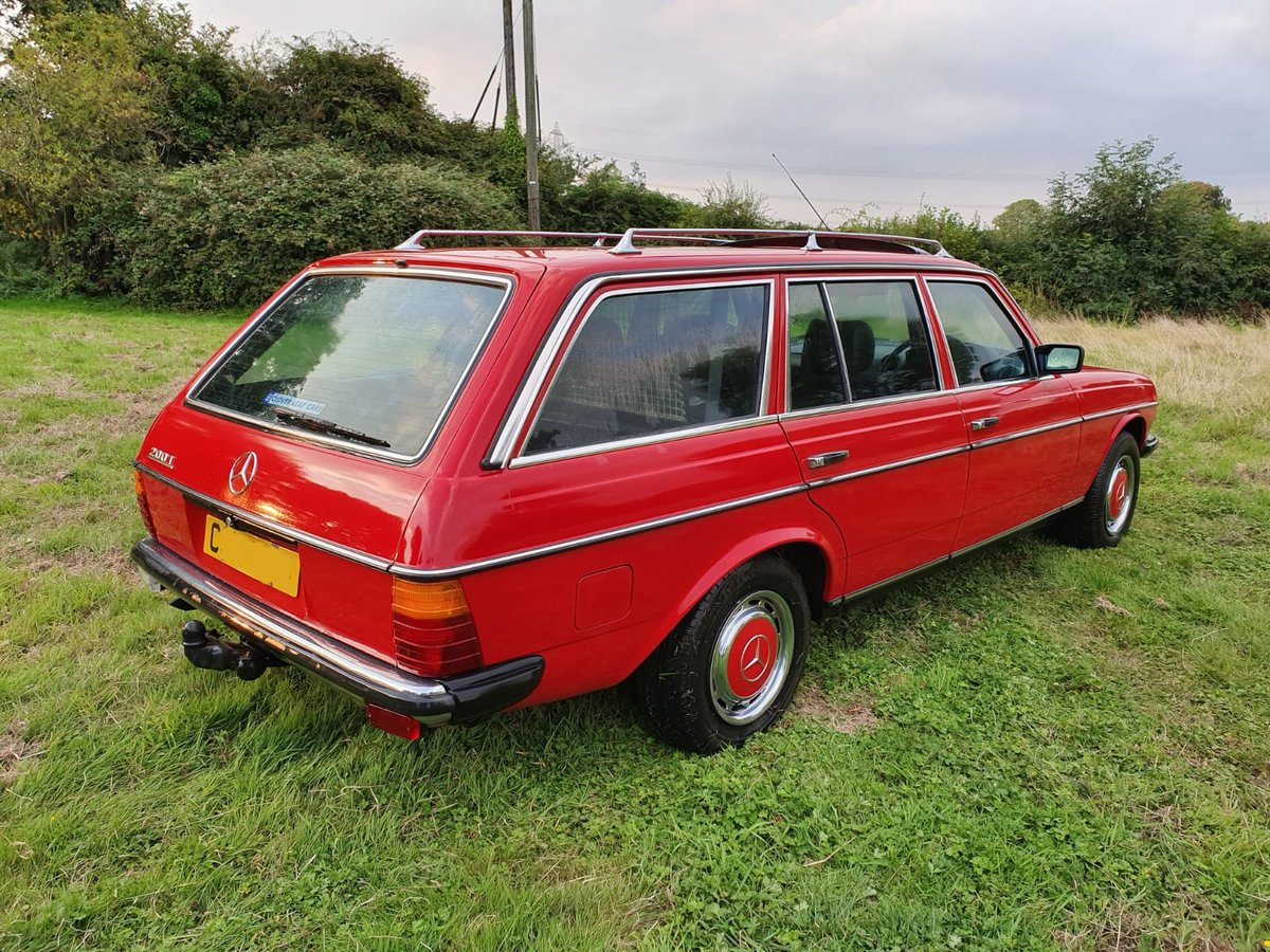 1985 Mercedes 200T W123 Estate For Sale (picture 3 of 6)