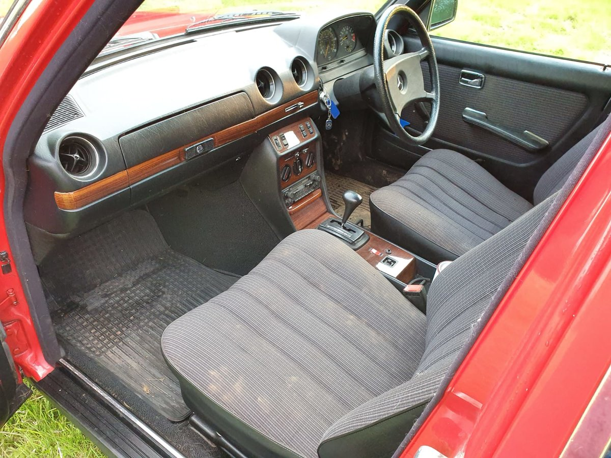 1985 Mercedes 200T W123 Estate For Sale (picture 5 of 6)