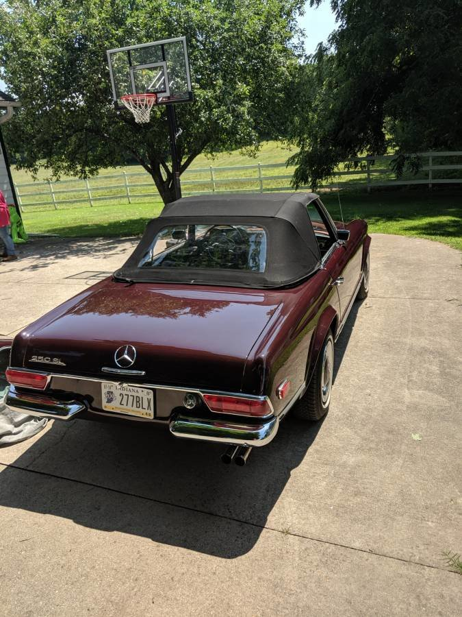 1968 Mercedes-Benz 250SL Pagoda (Laporte, IN) $74,900 obo For Sale (picture 3 of 6)