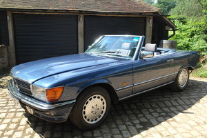 1987 Mercedes-benz 300sl r107 roadster