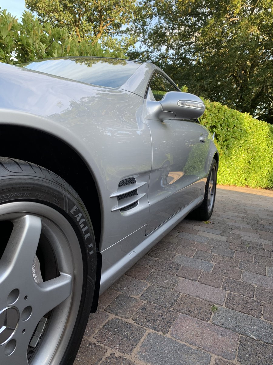 2002 Mercedes SL500  (26000 Miles) For Sale (picture 4 of 6)