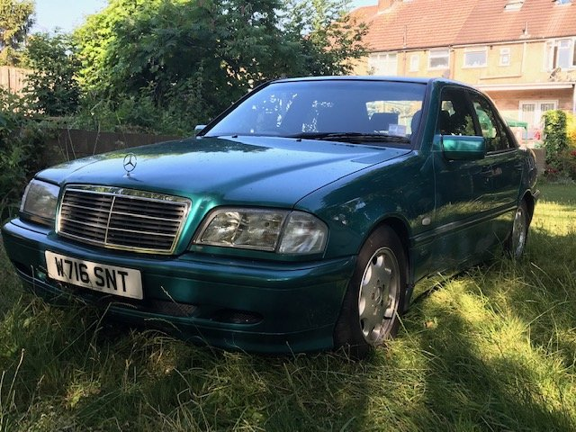 2000 Mercedes C200 Espirit Auto W202/W Reg For Sale (picture 1 of 4)