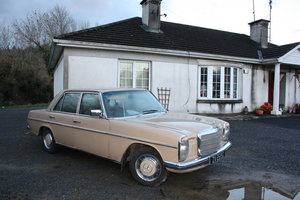 1974 Mercedes 250 W114  For Sale