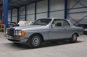 MERCEDES-BENZ 230CE, 1983 **NO RESERVE** For Sale by Auction