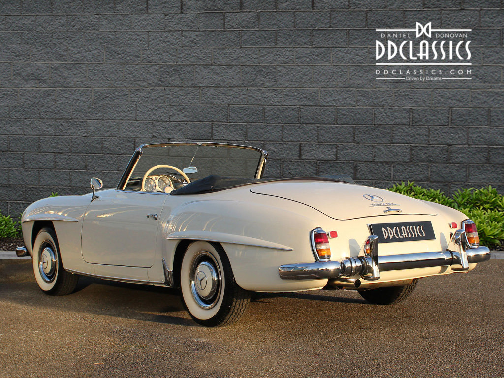 1962 Mercedes 190 SL Roadster (LHD) for sale in London For Sale (picture 4 of 20)